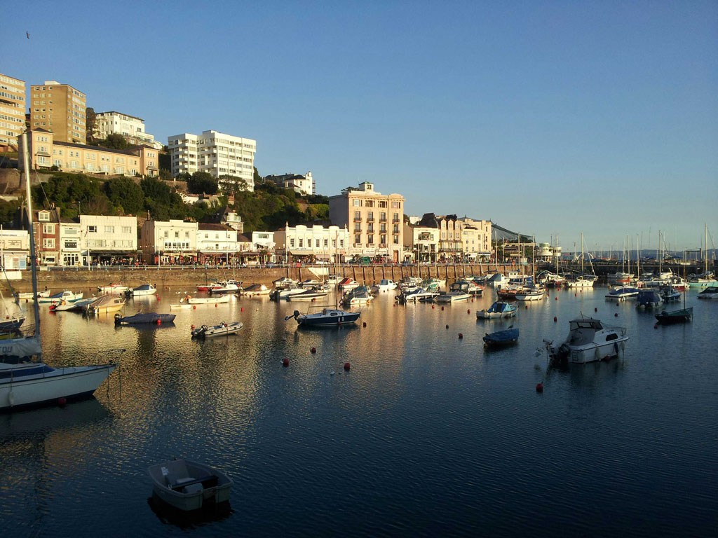 Pet friendly cottages in torquay