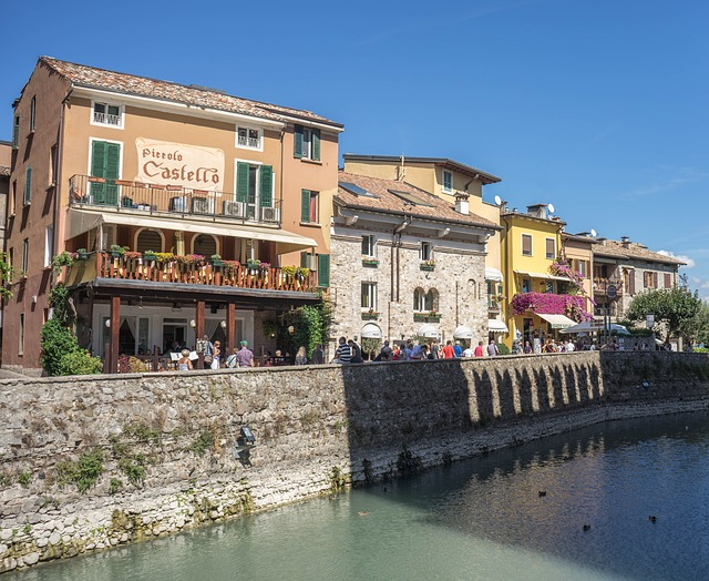 pet friendly holiday rentals in lombardy